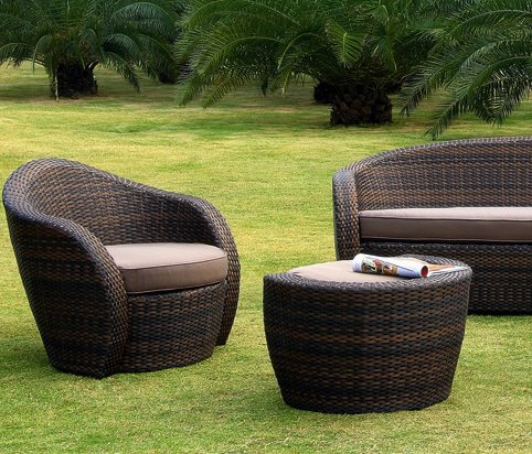 salon de jardin resine tressee mobilier sur enperdresonlapin. Black Bedroom Furniture Sets. Home Design Ideas