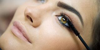 beaute_4-astuces-pour-bien-appliquer-votre-mascara2