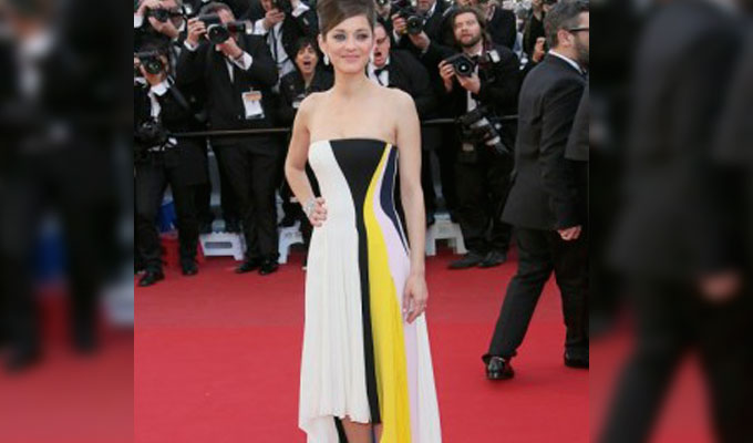 marion-cotillard-robe