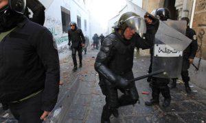 societe__les-policiers-tunisiens-sont-ils-trop-peureux