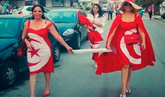 drapeau-tunisie-femme