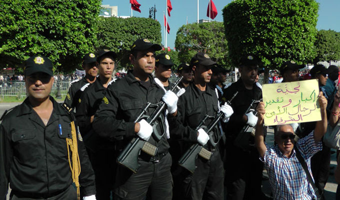 manifestation-tunisie-forces-ordre-2
