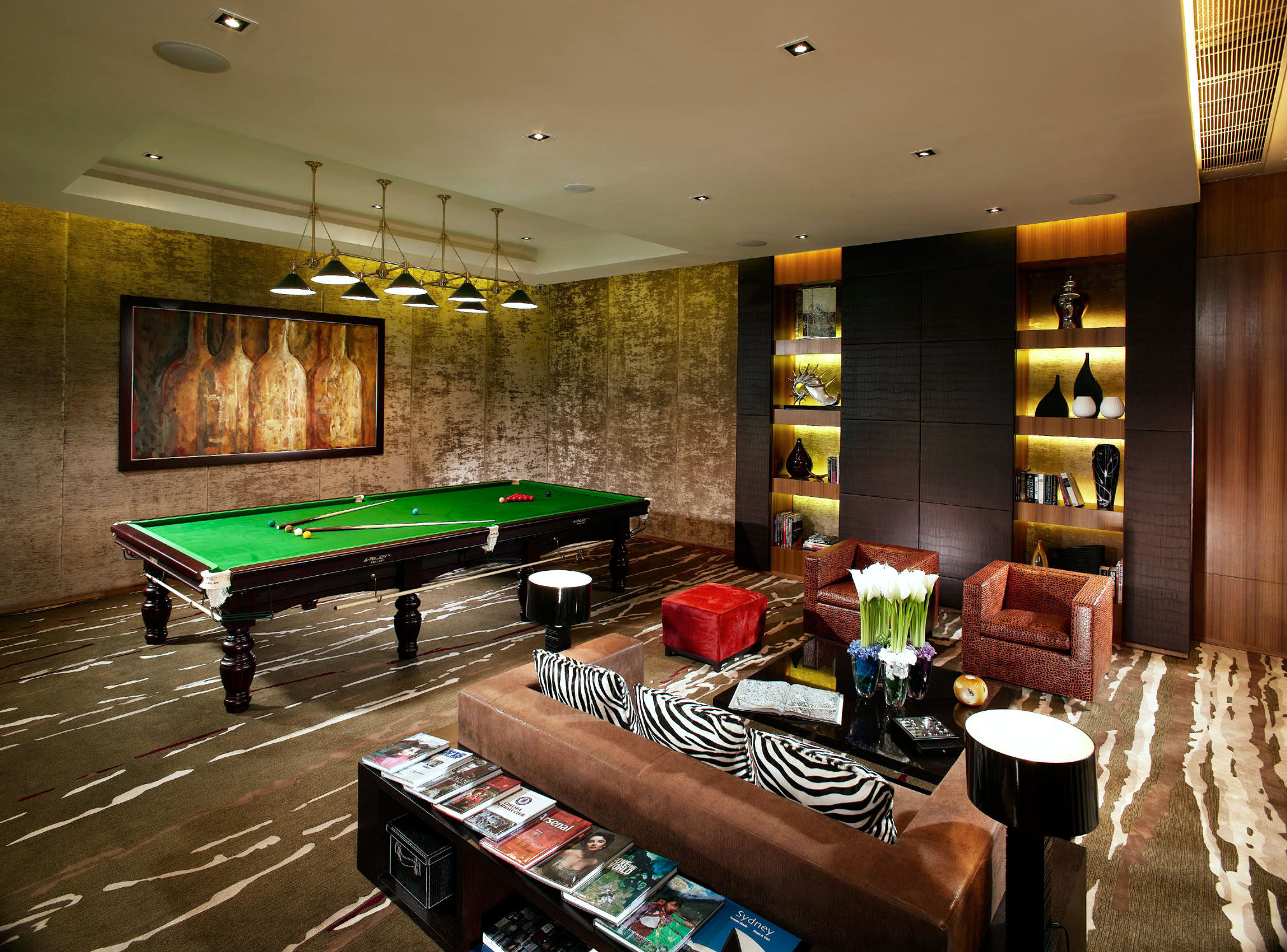 Playroom-with-billiard