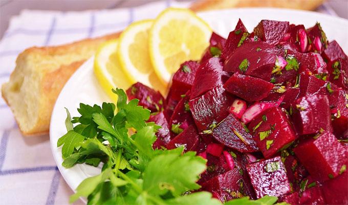 Salade-de-betteraves