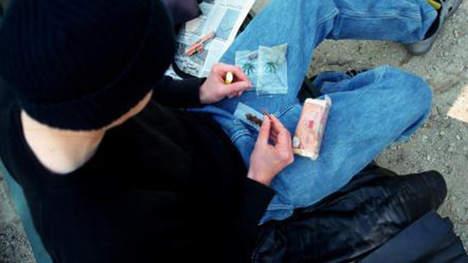 un-enfant-de-10-ans-responsable-dune-fabrique-de-drogues