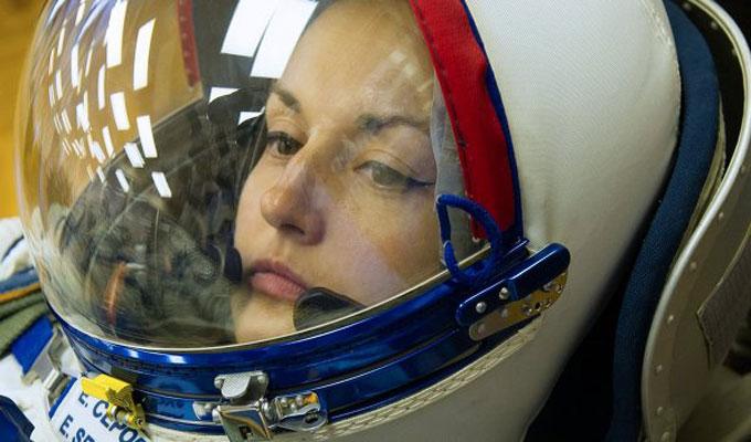 femme-société-astronote