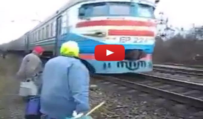 insolite-video-train