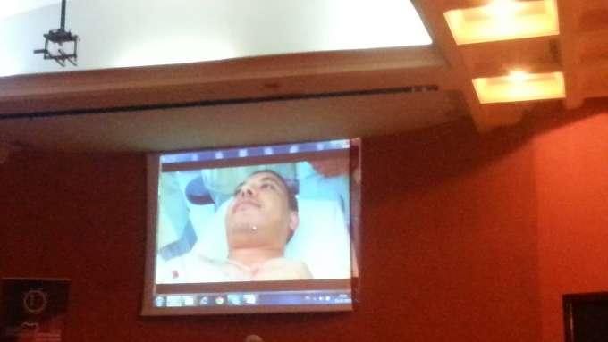 La patient réveillé quelques minutes après l'opération