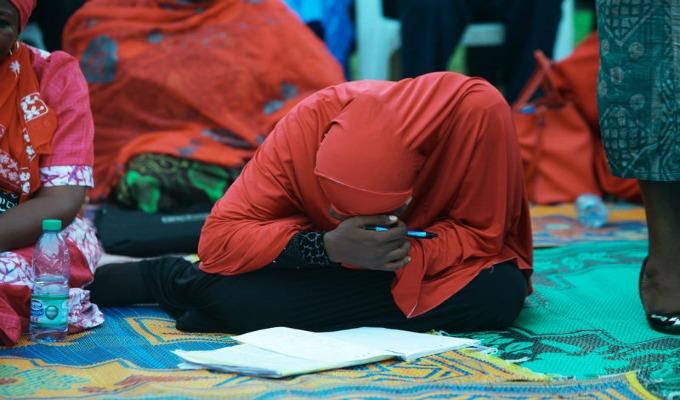 société-femme-afrique-voile-chariaa