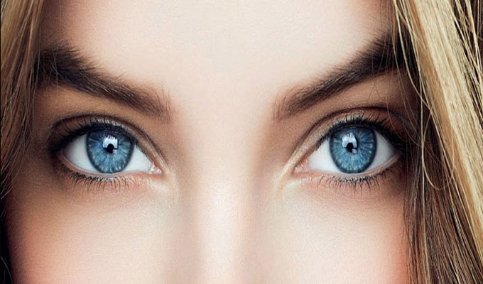 yeux-bleus