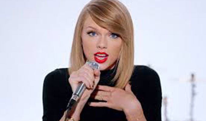 people-taylor-swift