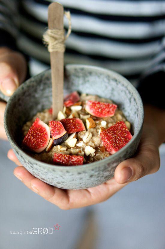 Salade de céréales avec des fruits
