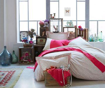 une-tetes-de-lit-en-casiers-recup_5194105