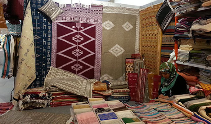 artisanat-tapis-femme