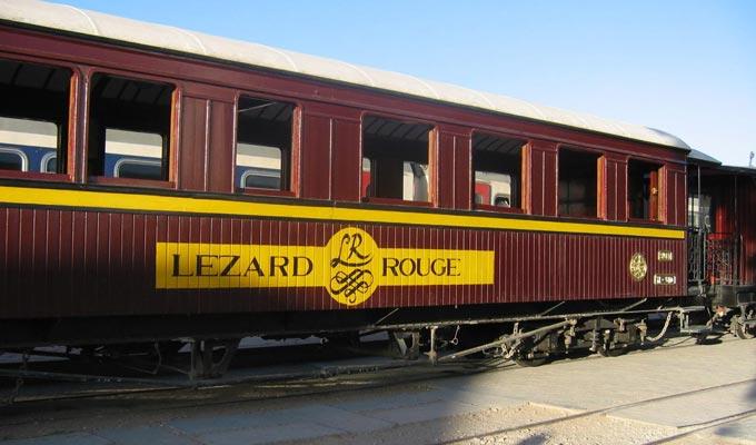 lezard-rouge-train-touristique