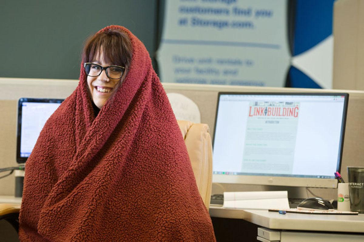 No Cold Air From Ac >> Les femmes ont souvent froid au bureau, même en été, une ...