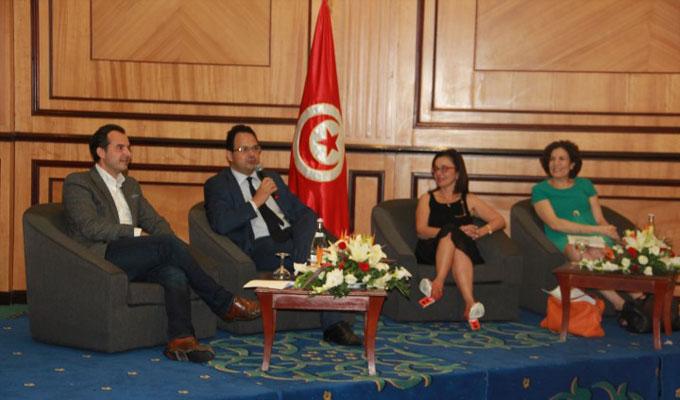 tunisie emplois 83 jeunes form s et plac s dans des entreprises par efe. Black Bedroom Furniture Sets. Home Design Ideas